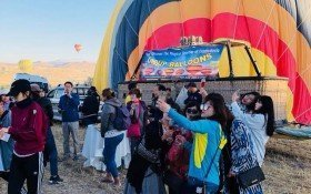 Celebration after balloon flight